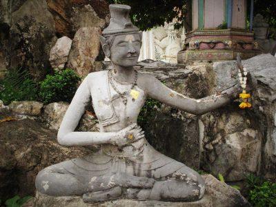 Yoga tailandés Ruesri Dat Ton
